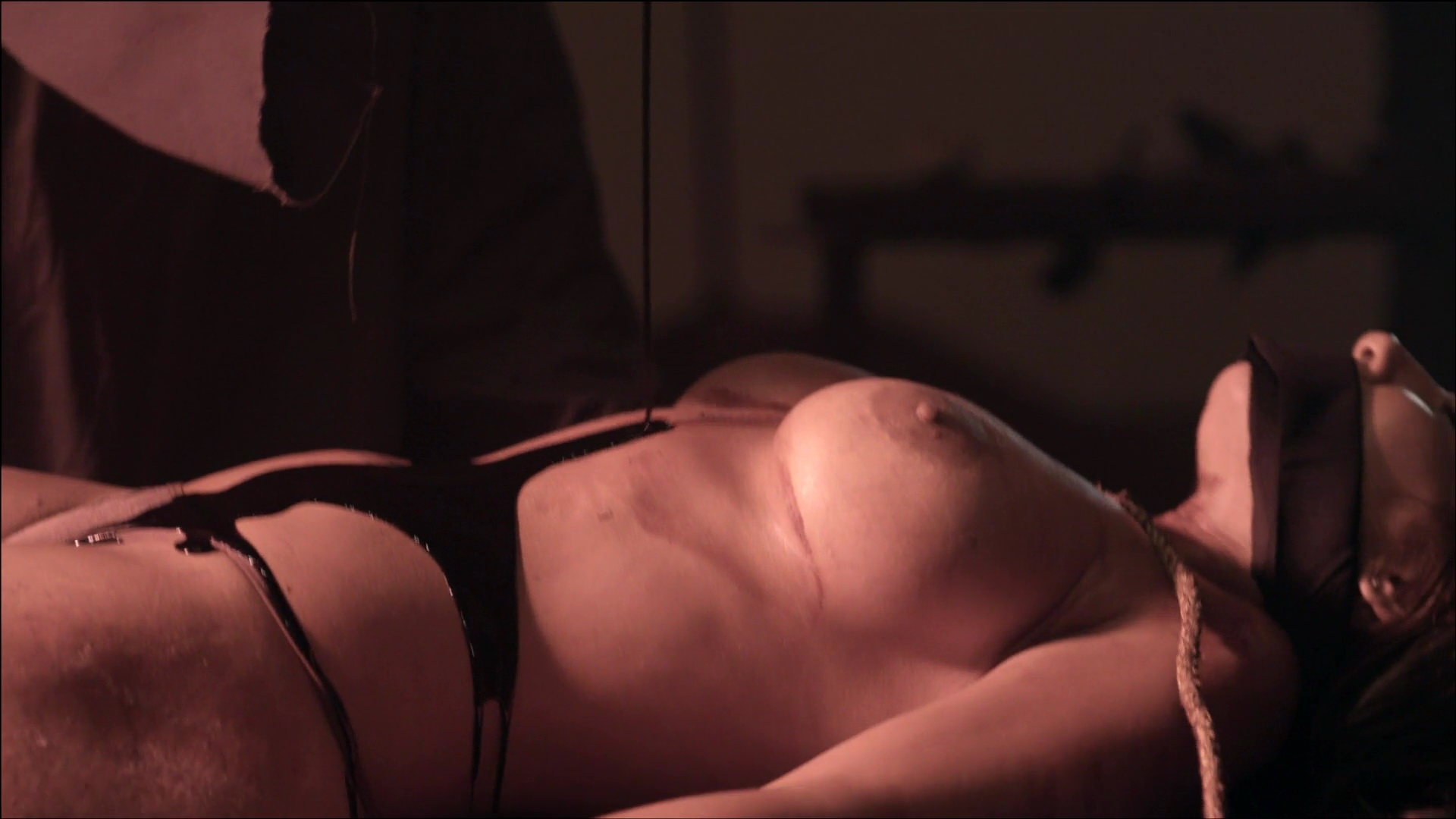 Malakul sex sara lane Sara Malakul