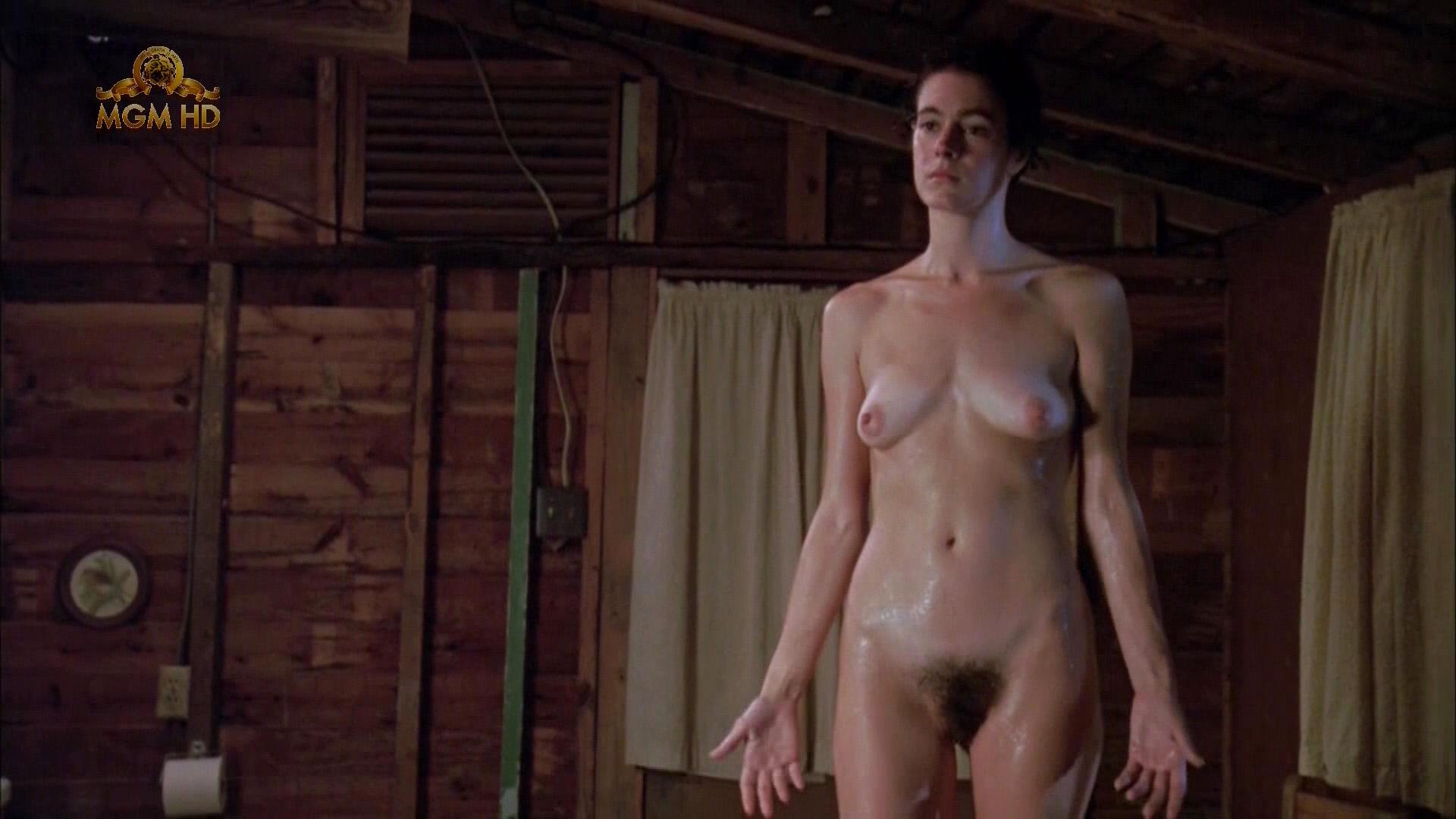 olivia macklin naked