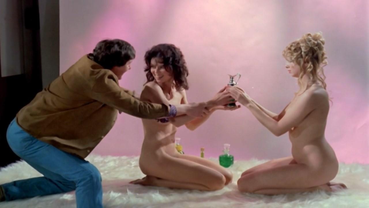 1972 Porn watch online - gabrielle drake, christine donna – au pair