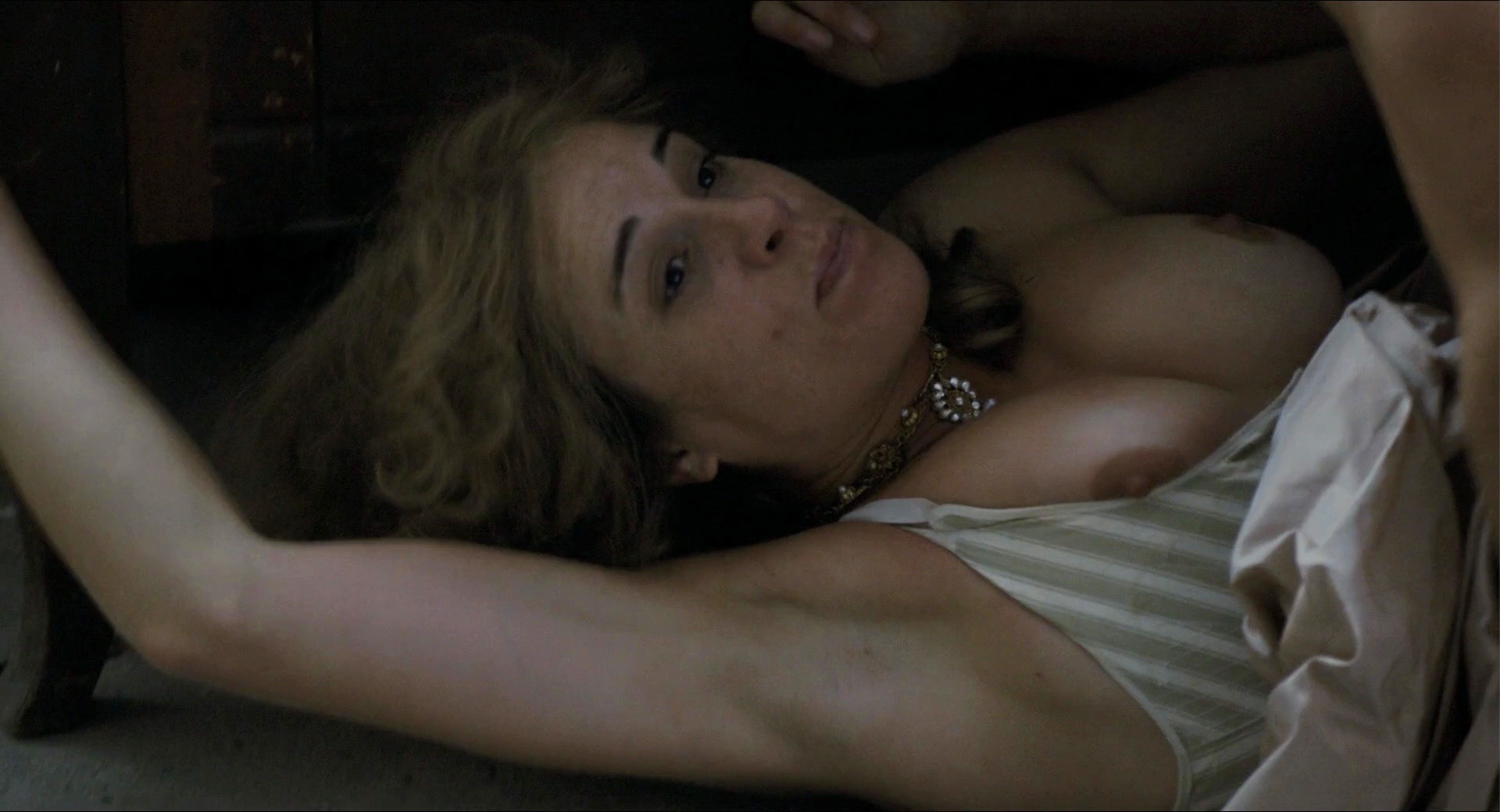 Nackt bilder herzsprung Szene bei