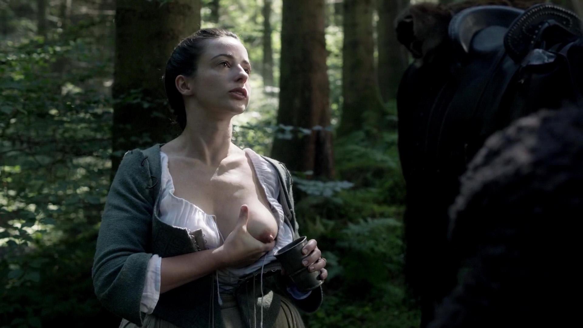 Outlander Nudes