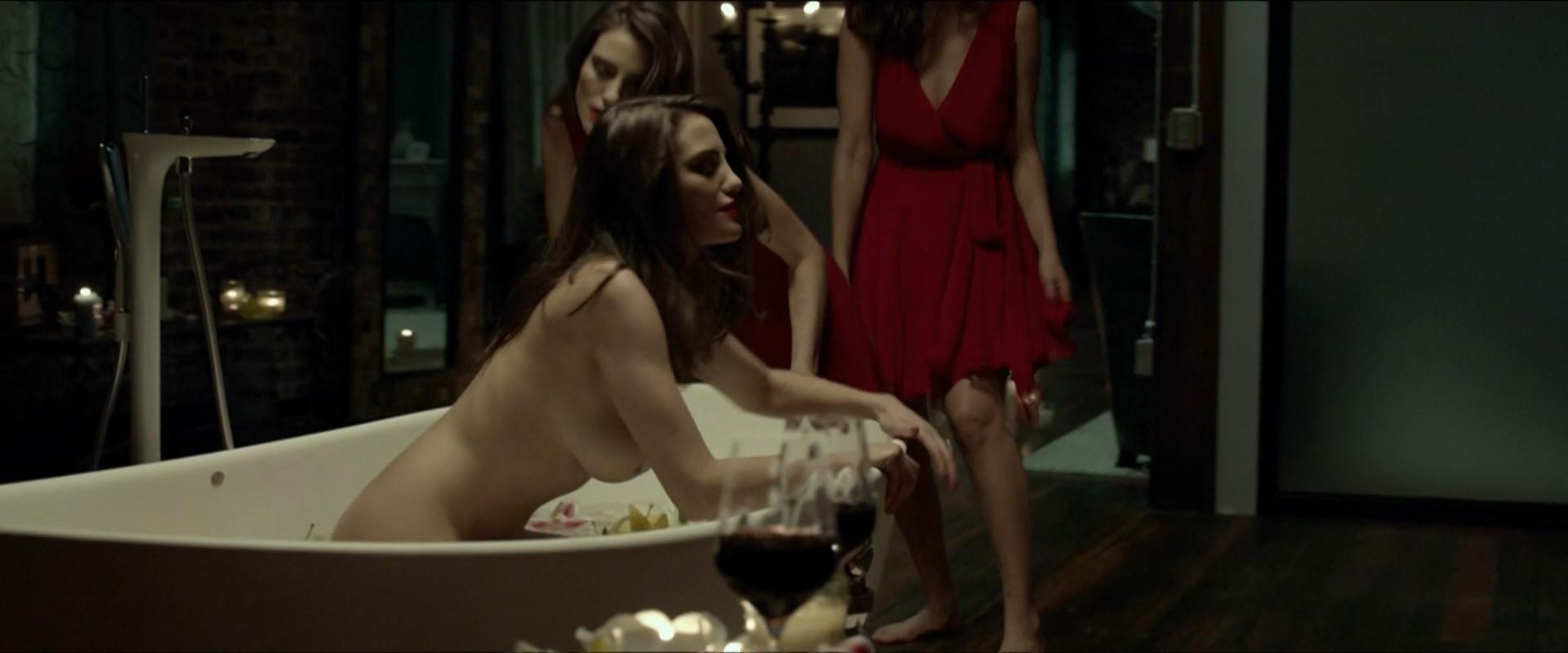 Moraes nude luisa