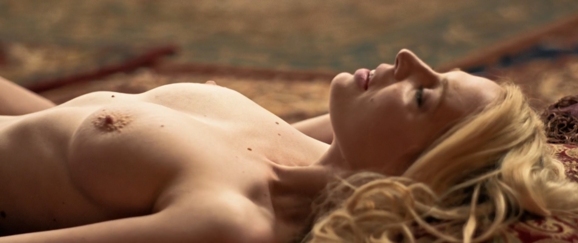 Nackt Lauryn  Nicole Hamilton Lauryn Nicole