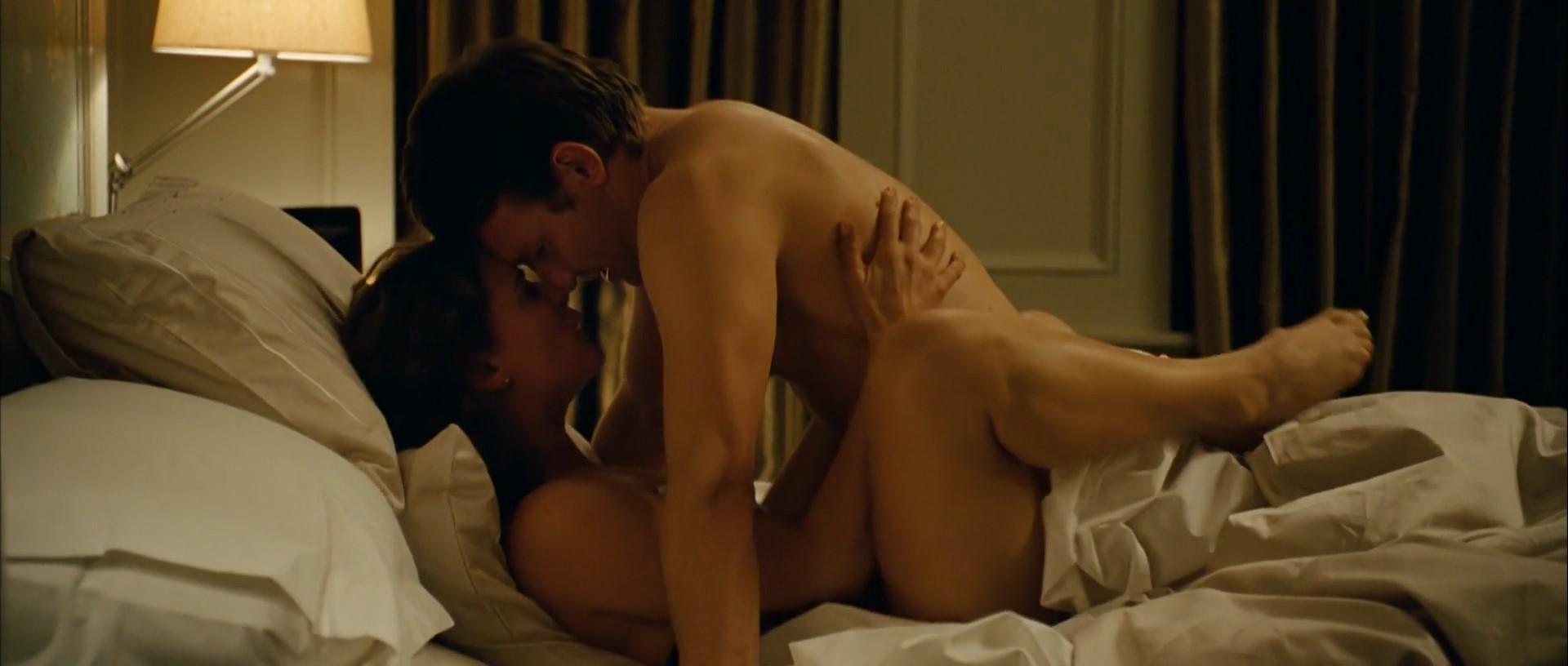 Danielle savre topless