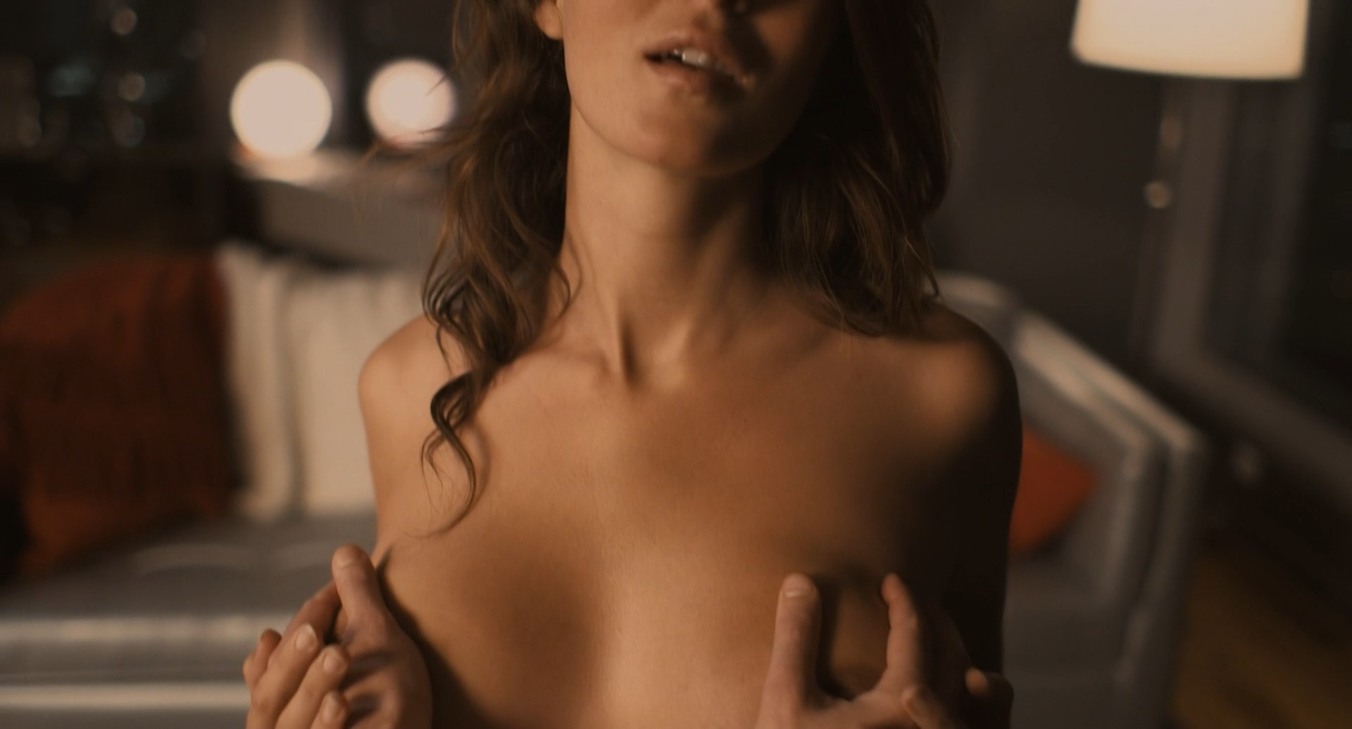 Pregnant may nude lindstrom
