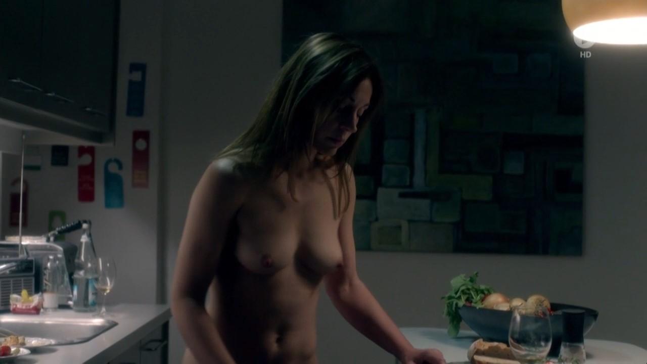 Nackt tezel Aylin Tezel