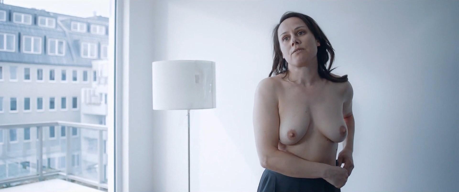 Nackt Maria Hofstätter  Maria Furtwaengler