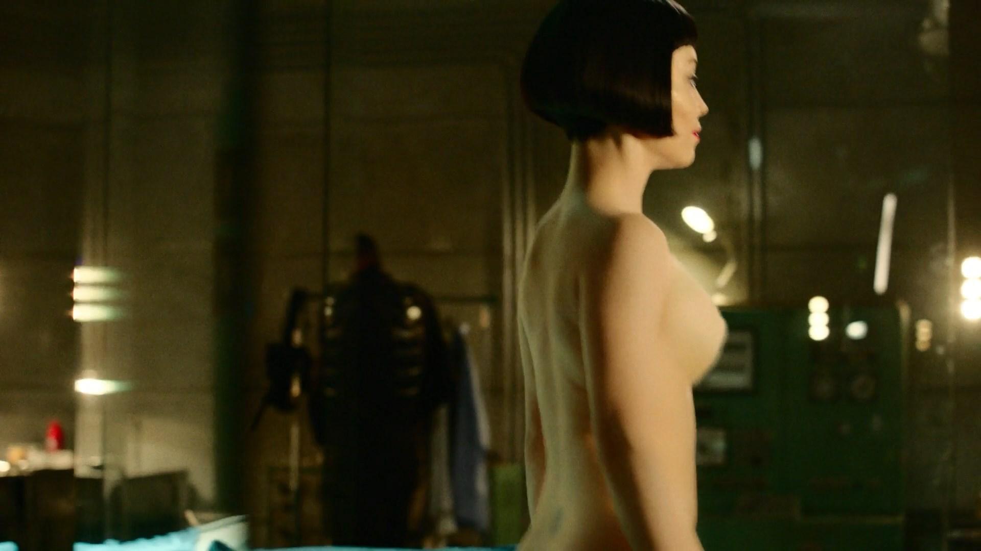 Topless marama corlett