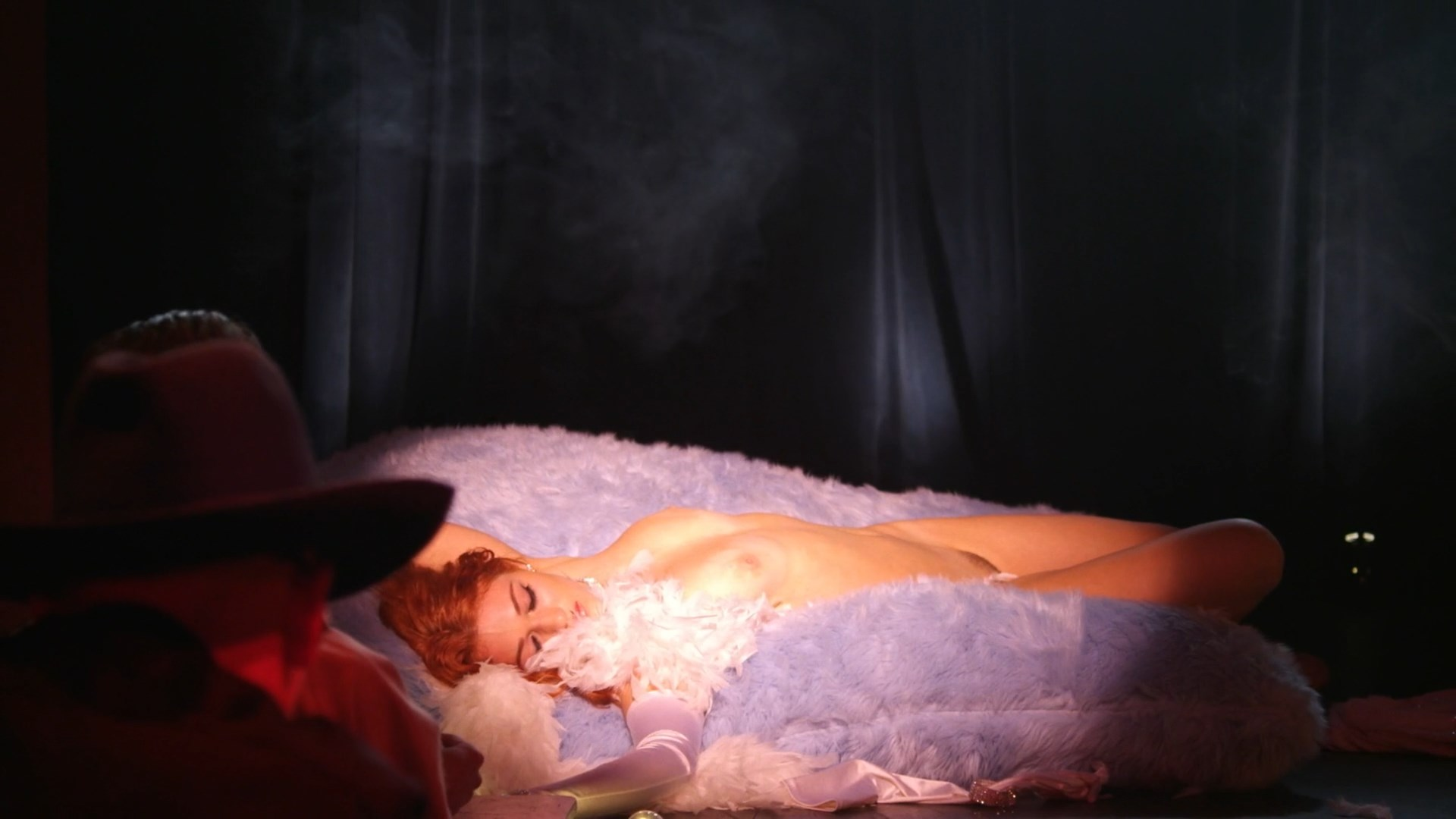 Nicole Arianna nackt Fox Adrianna Nicole