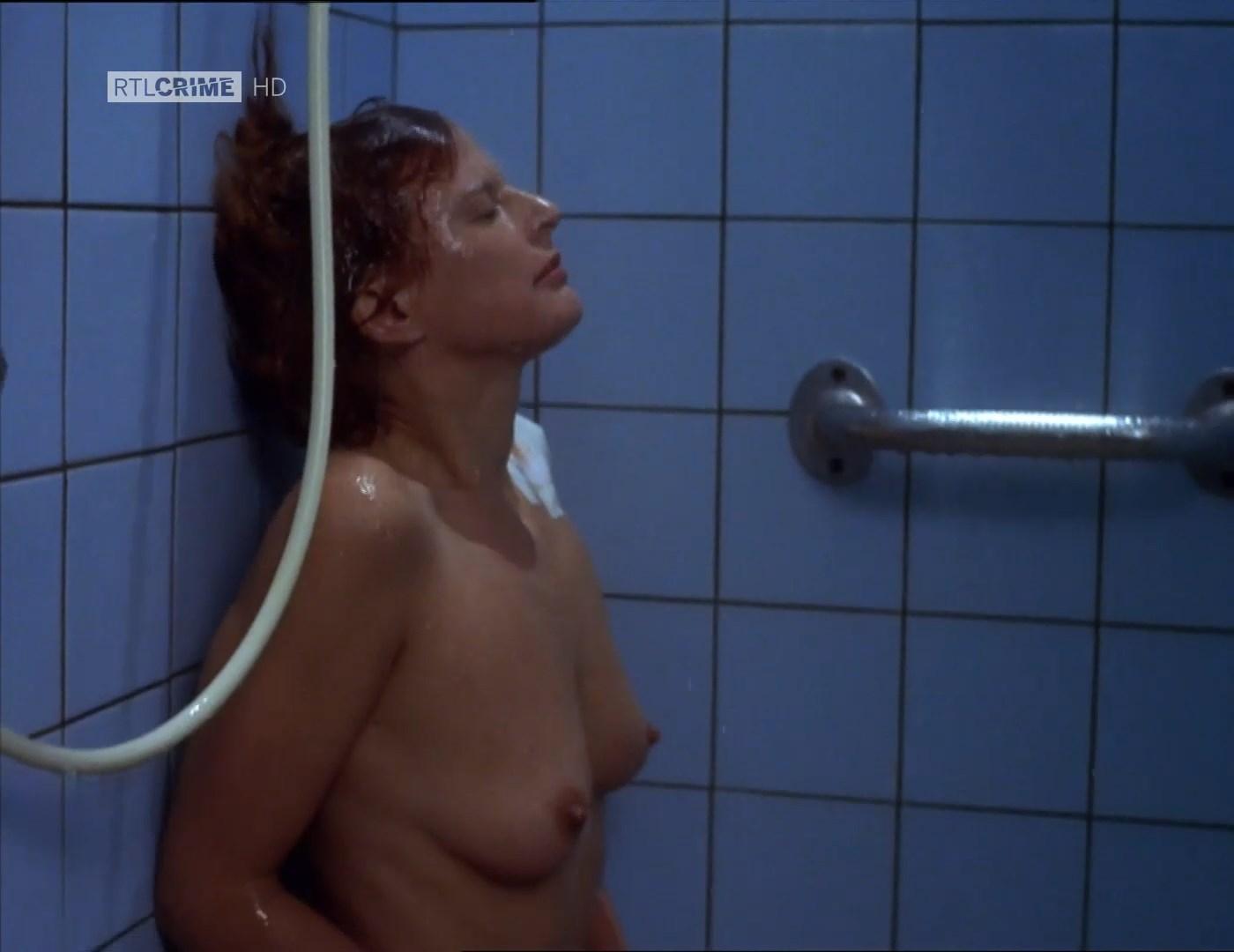 Sylvia Haider  nackt
