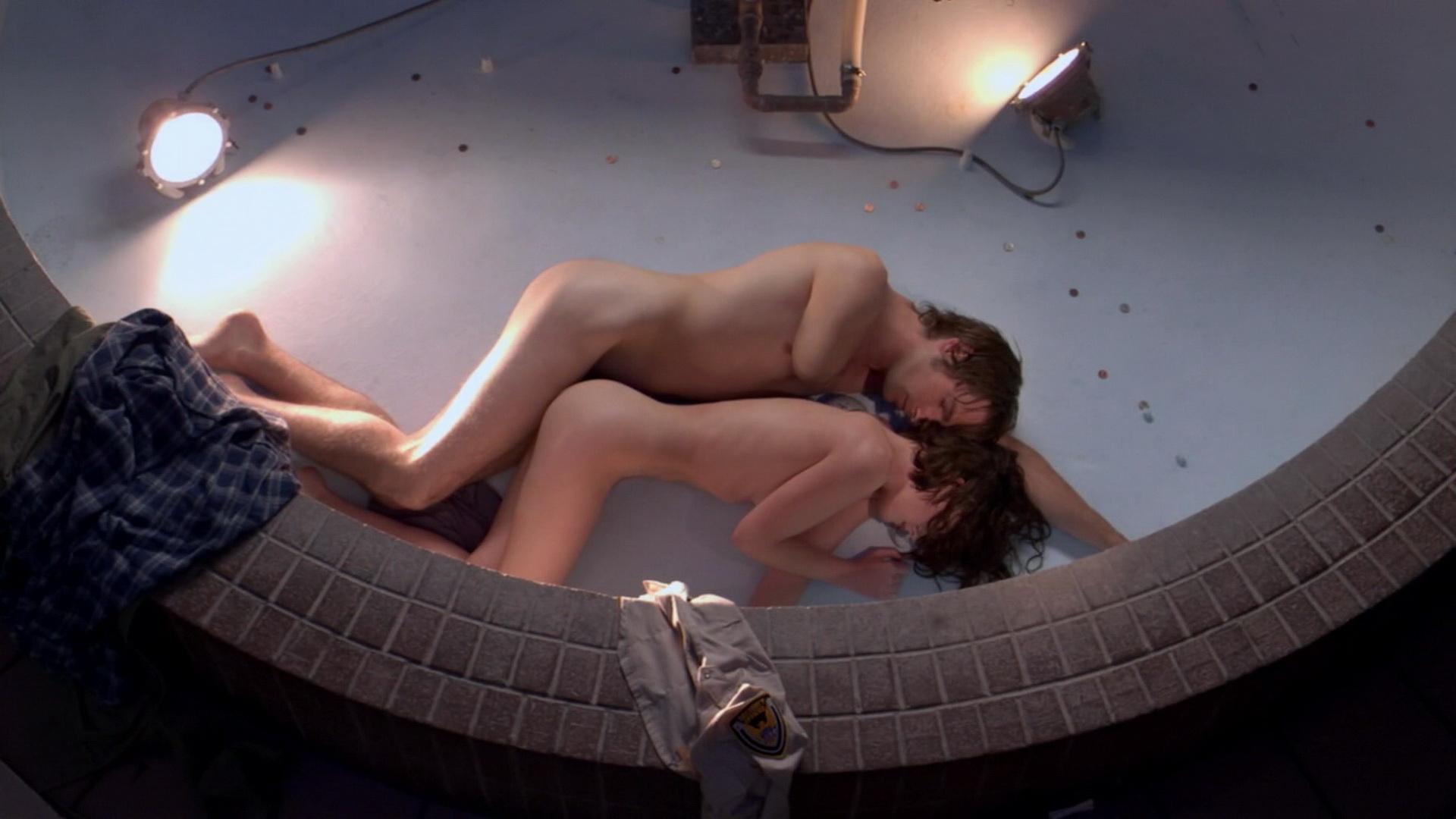 Robertson topless kathleen Kathleen Robertson