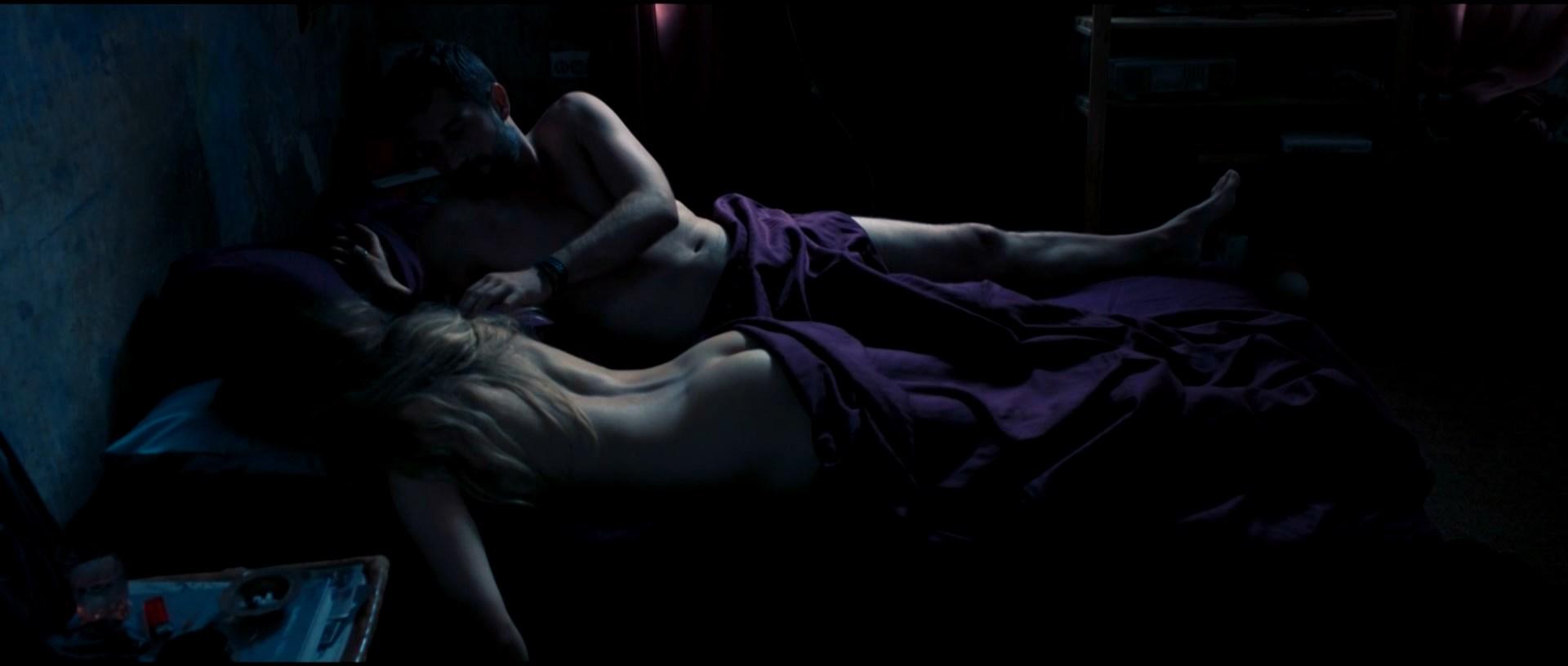 Marieke Dilles  nackt