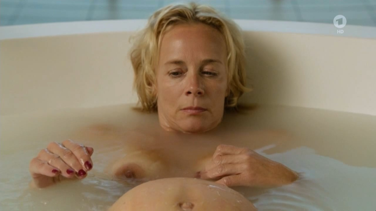 Nuris  nackt Karine Sort by