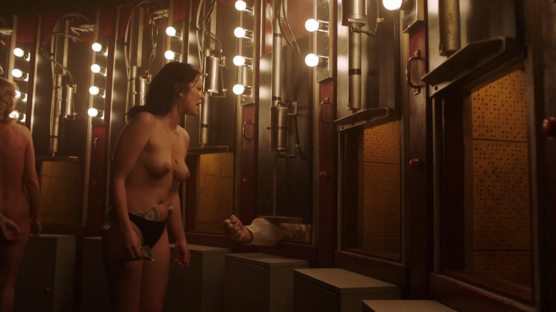 Hannah Townsend Nude