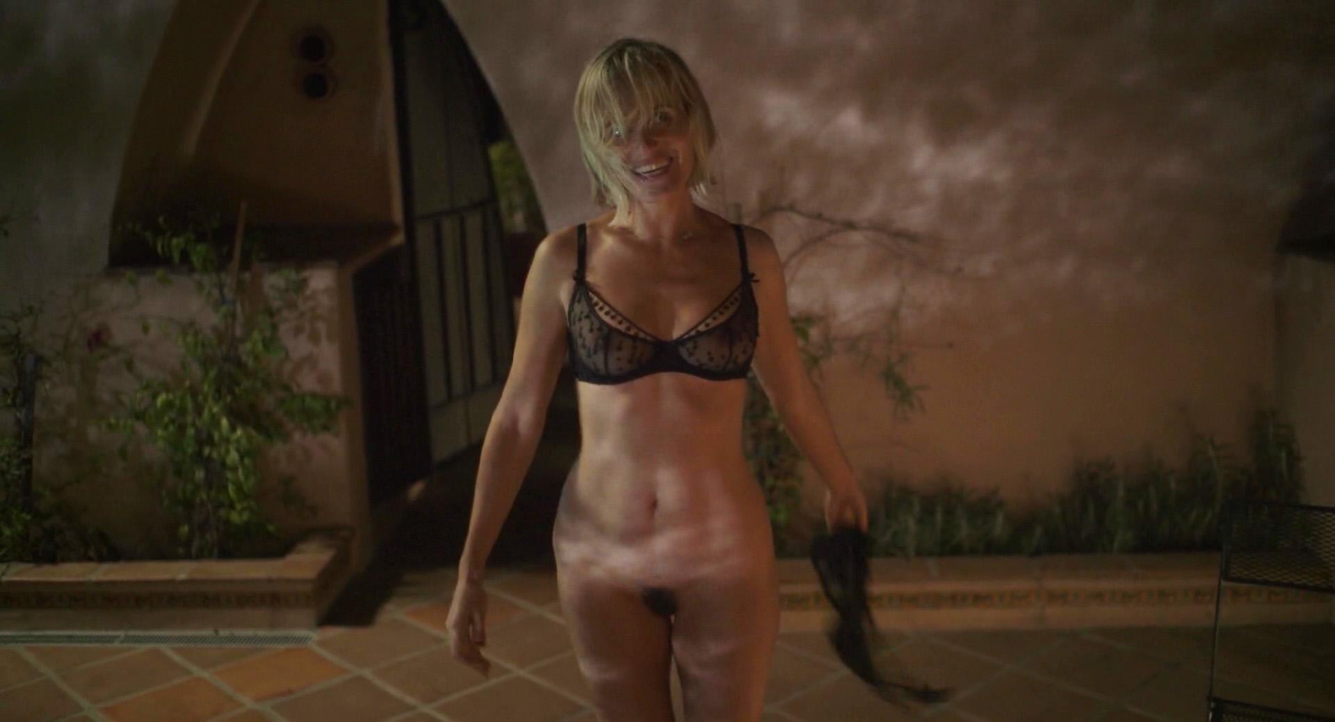Naked taylor schilling Taylor Schilling