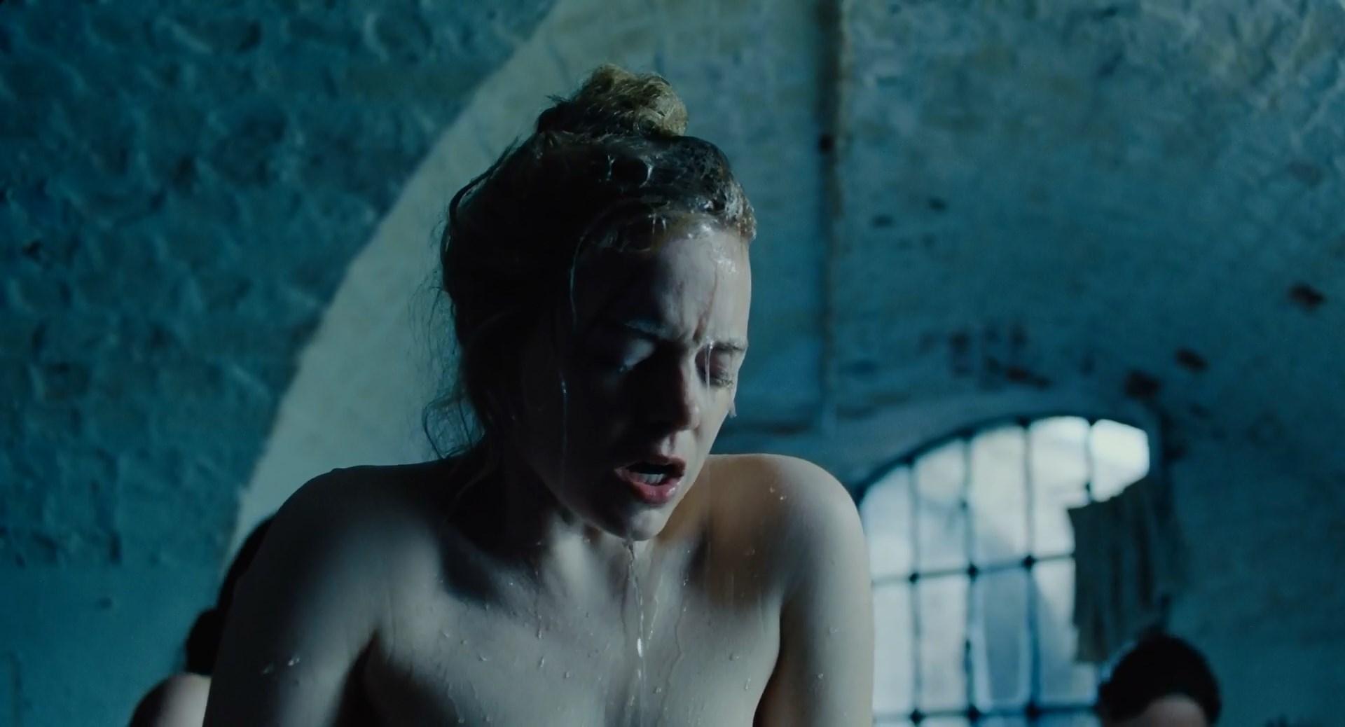 Emma Stone Sex Scene