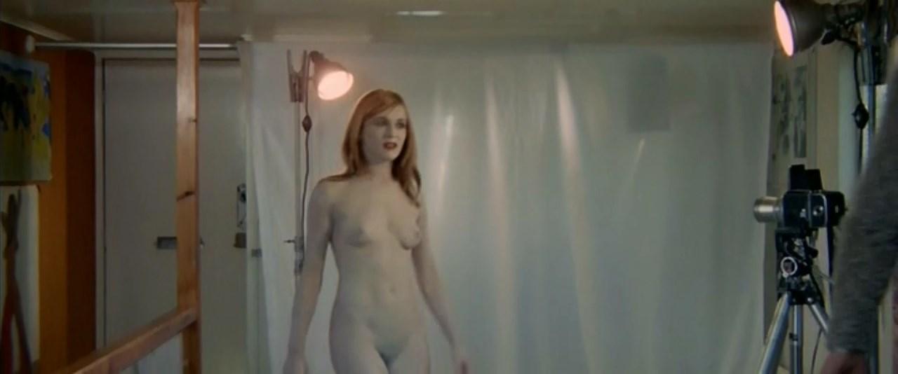 Nackt  Josefine Voss Josefine Olsen
