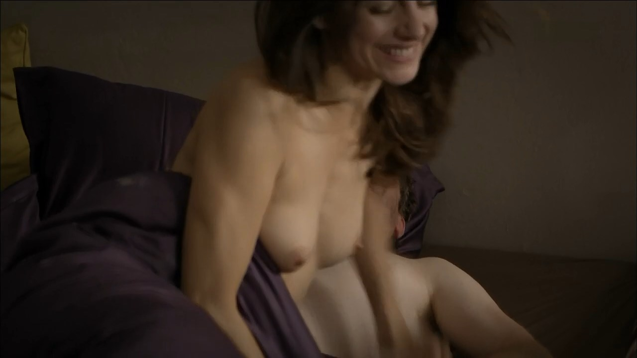 Cute nude girl movie download