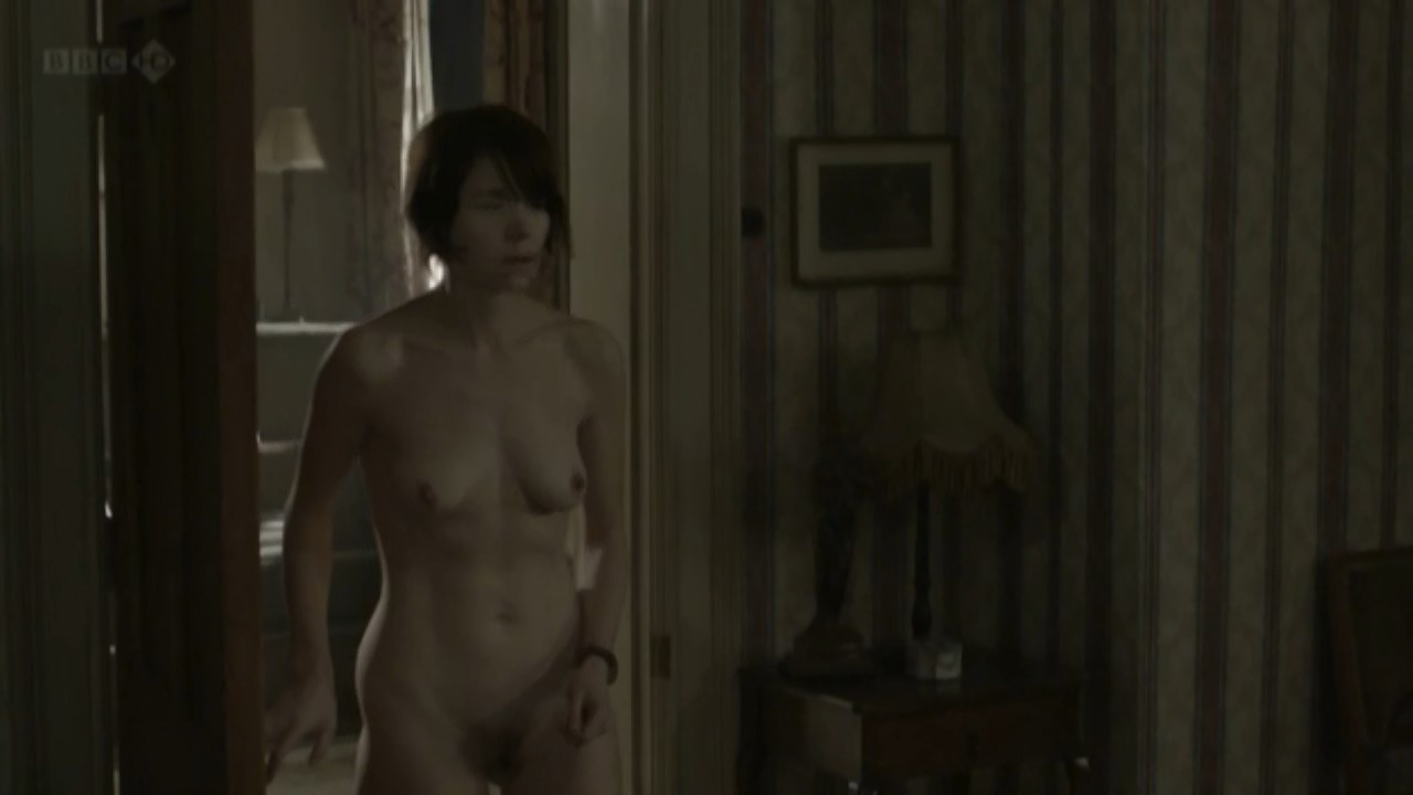 Nude foy Claire Foy