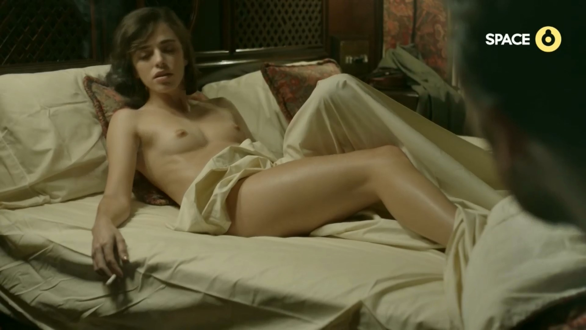 Beleen Chavanne  nackt