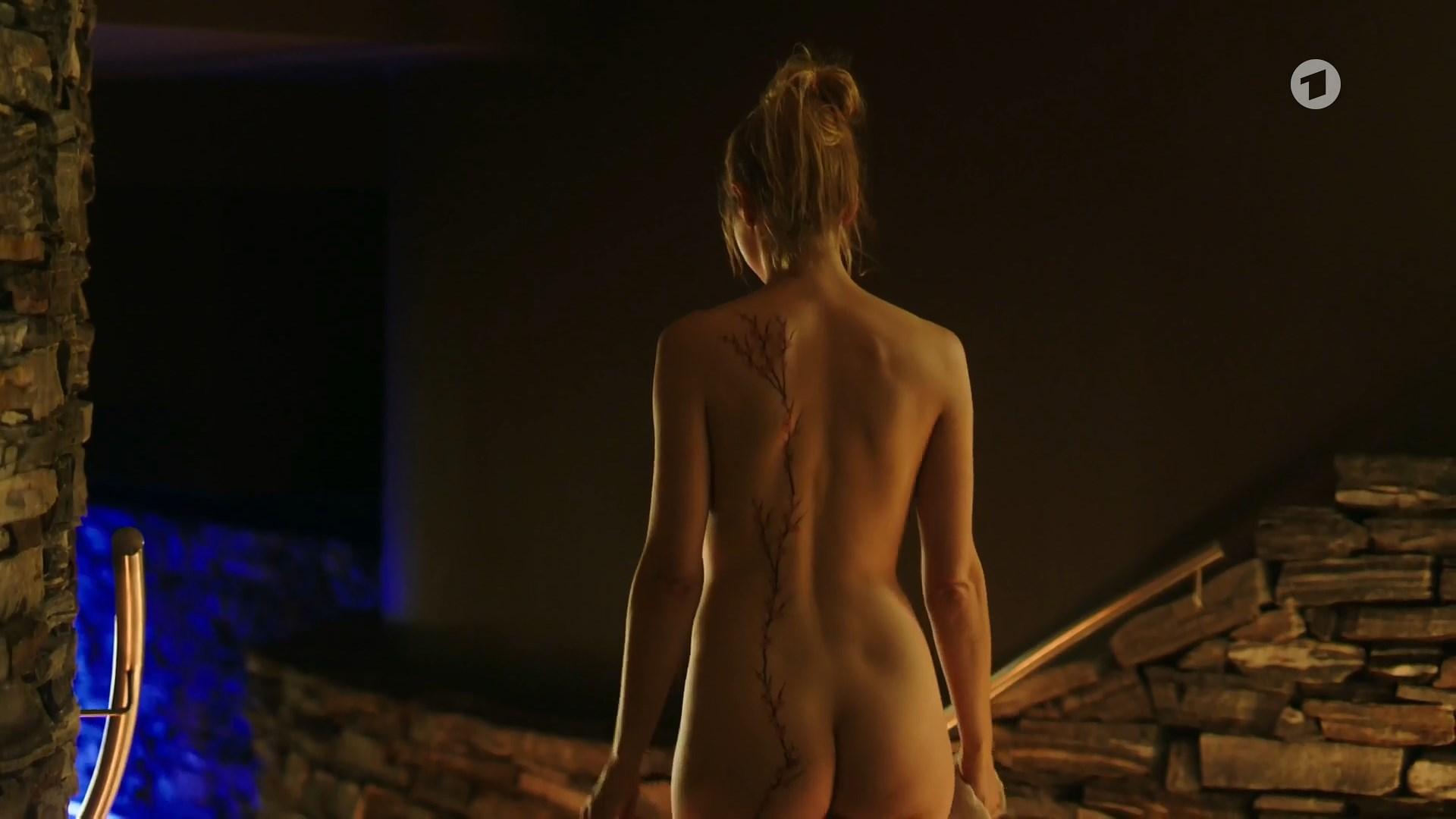 anna nackt