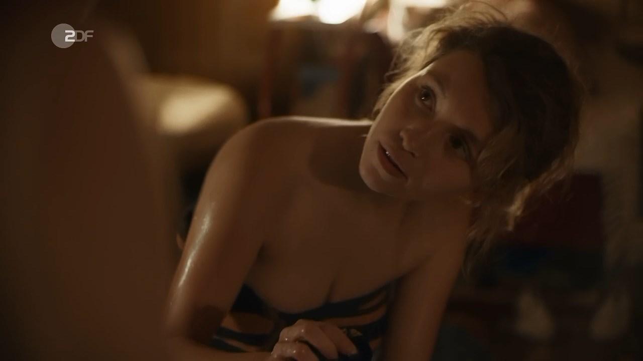 Janina fautz nude