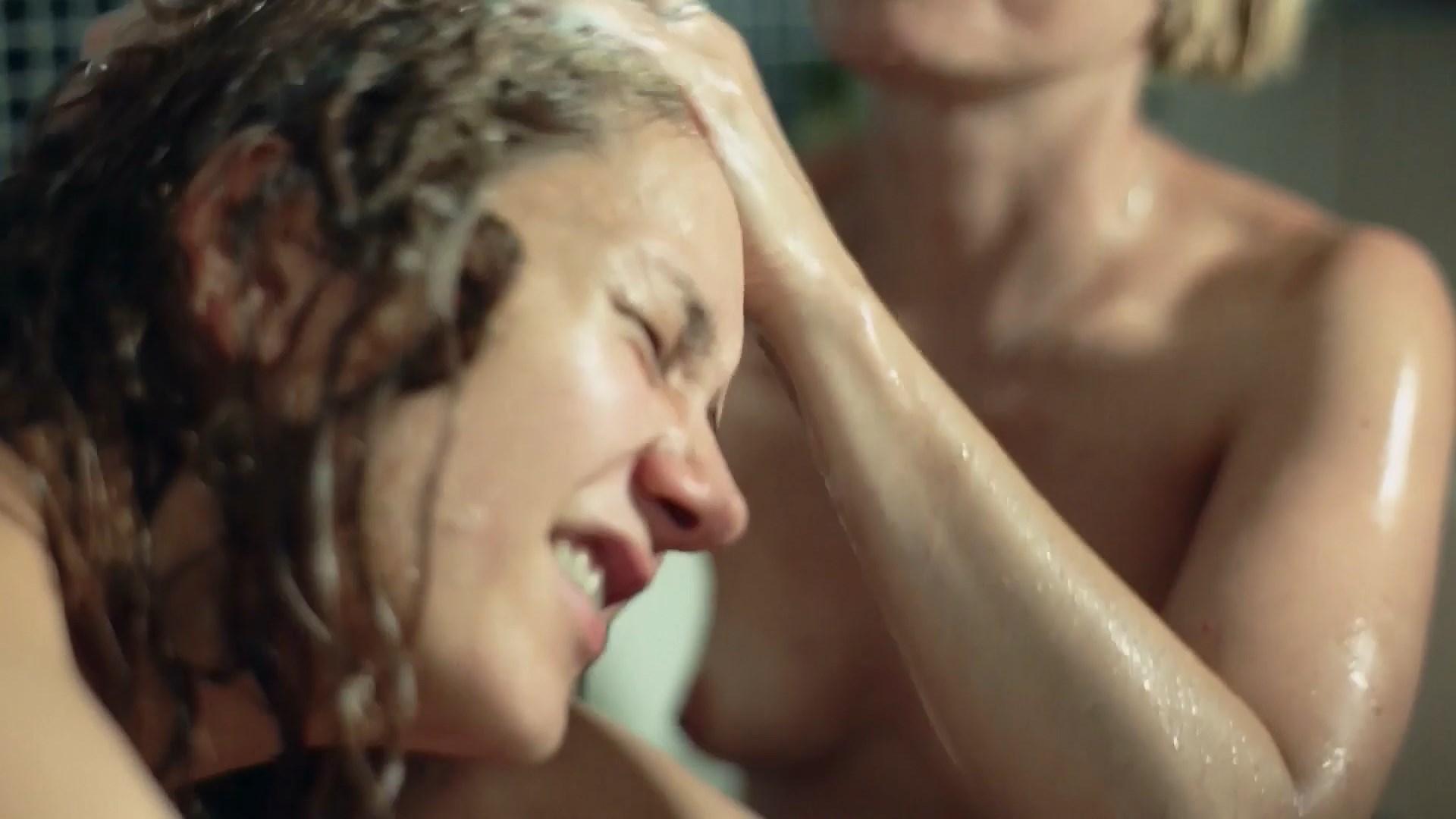Alexia Landeau  nackt
