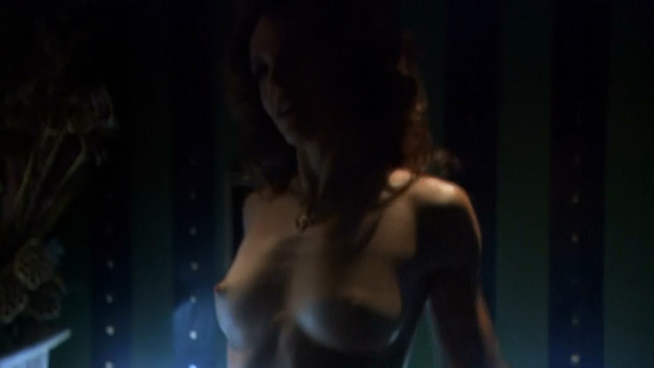 Tangie Ambrose  nackt