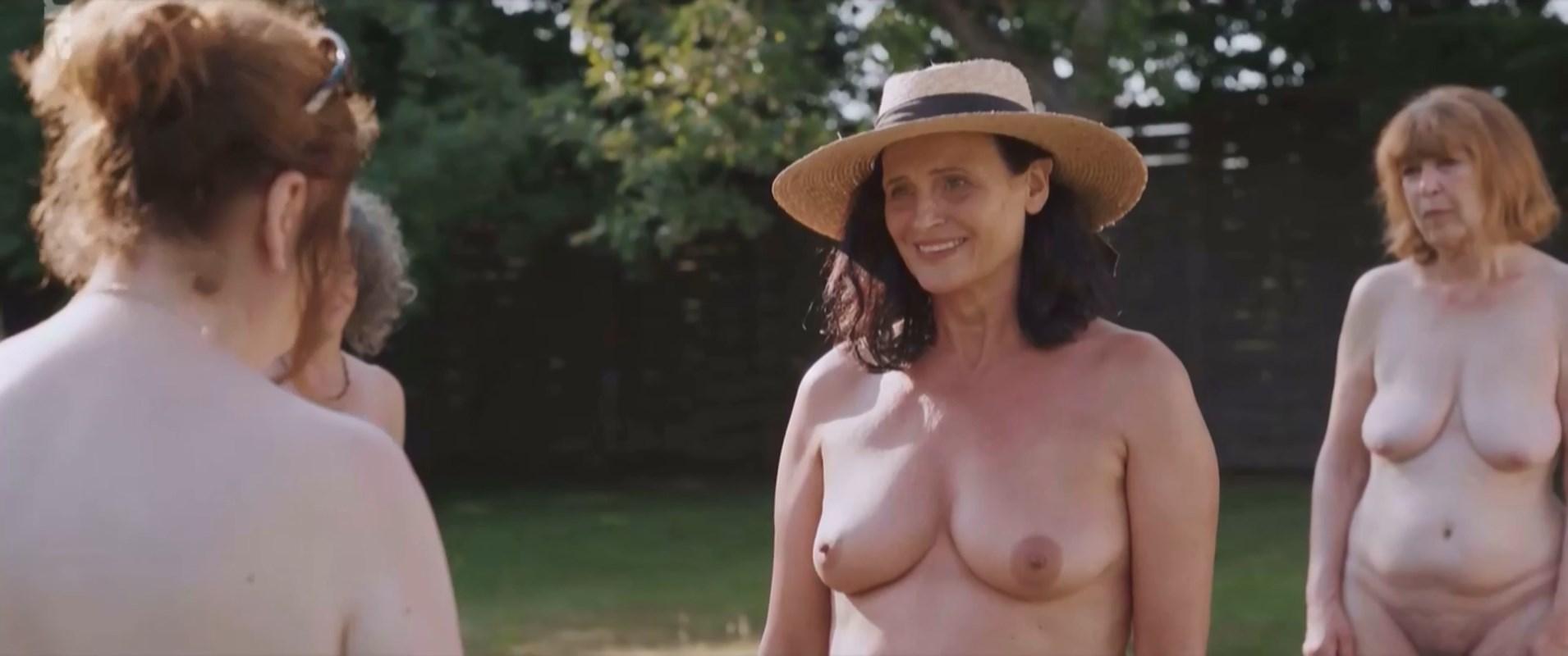 Emmanuelle nackt Sarsi  Celebrity Sex