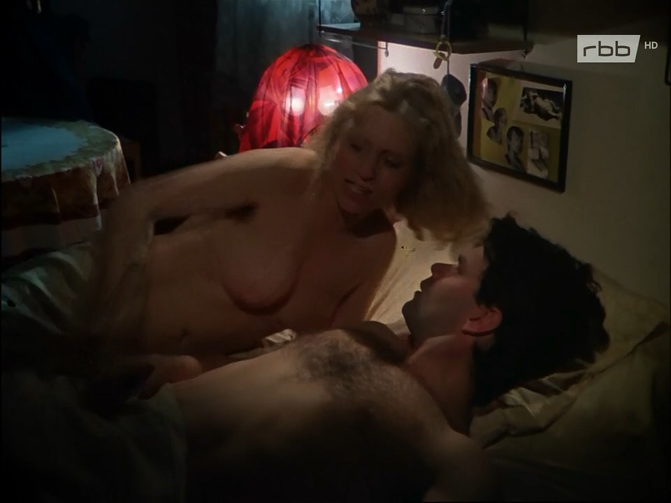 Jane Flemming  nackt