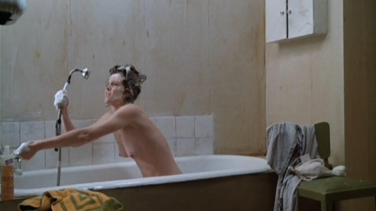 Sigourney Weaver Nude